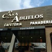 Das Foto wurde bei La Casa de los Abuelos von Alex Z. am 9/22/2013 aufgenommen