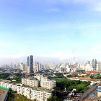 Photo taken at Maxx Hotel Bangkok by 👑 คุณชาย Tanaput  🈯✨ on 9/7/2013