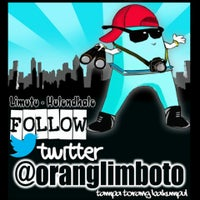Photo taken at Basecamp Twitter @oranglimboto by Amed A. on 8/2/2013