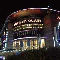 Photo taken at Optimum Outlet by M.Ünal Demirel on 10/26/2012