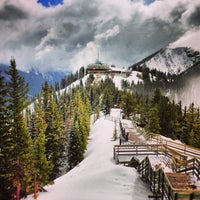 Photo taken at Mount Norquay Tube Hill by Patchara K. on 4/13/2013