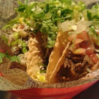Photo taken at Chipotle Mexican Grill by Anil Ş. on 1/10/2014