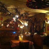 Das Foto wurde bei da YVONNE Trattoria Toscana von S 🤗 am 12/15/2012 aufgenommen