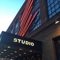 4/10/2014 tarihinde Eric P.ziyaretçi tarafından The Studio Theatre'de çekilen fotoğraf