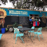 Photo taken at Mellizoz Tacos by Kevin L. on 10/10/2017
