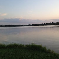 Das Foto wurde bei White Rock Lake Park von Naif A. am 6/27/2013 aufgenommen