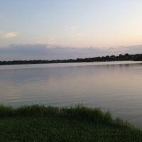 Снимок сделан в White Rock Lake Park пользователем Naif A. 6/27/2013