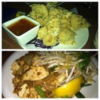 Photo taken at Song Thai Restaurant & Bar by Lindsay on 12/19/2012