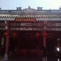 Photo taken at ศาลเจ้าแม่ทับทิมท่าฬ่อ by pimhairteen P. on 12/18/2012