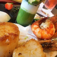 Photo taken at Senso Restaurant by Erik T. on 8/30/2014