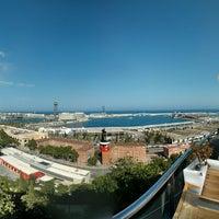 Das Foto wurde bei Miramar Restaurant Garden & Club von Anatoly S. am 7/26/2013 aufgenommen