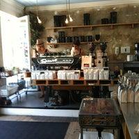Photo prise au Bonanza Coffee par Svetlana le6/19/2013