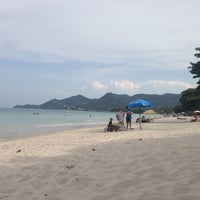 Photo taken at Chaweng Beach by Uliyana A. on 5/15/2013