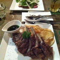 Photo prise au KPO Cafe Bar par Anni le9/15/2012