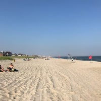 Photo taken at Rockaway Beach by Sashko Z. on 6/12/2017