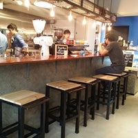 Photo taken at Brew Note Coffee Roaster by Lorraine Y. on 11/1/2014