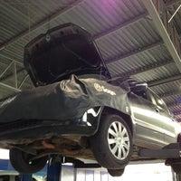 Foto tirada no(a) Saga (Volkswagen) por Luiz Gustavo d. em 11/27/2012