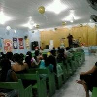 Photo taken at Igreja do Evangelho Quadrangular - TEMPLO DA VITÓRIA by Henrique C. on 12/30/2012