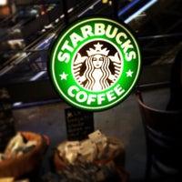 Photo taken at Starbucks by Nicolas C. on 8/30/2013