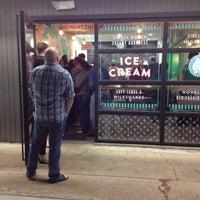 Photo taken at Fat Cat Creamery by Jonti B. on 1/12/2014