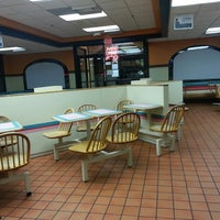 Photo taken at Taco Bell by January R. on 2/20/2013