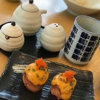 10/23/2017 tarihinde Noviana E.ziyaretçi tarafından Sushi Hiro'de çekilen fotoğraf