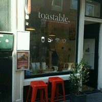 Foto scattata a Toastable da Jerry A. il 8/25/2016