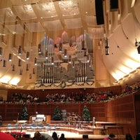 Photo taken at Louise M. Davies Symphony Hall by Hiroshi T. on 12/24/2012