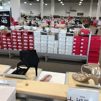 Photo taken at DSW Designer Shoe Warehouse by Bitch N. on 3/28/2018