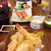 Photo taken at Niji Japanese Restaurant by Gil C. on 9/15/2014