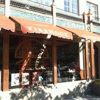 10/21/2012 tarihinde Tim C.ziyaretçi tarafından Firehook Bakery'de çekilen fotoğraf