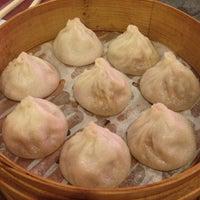 Photo taken at Shanghai Gourmet 上海人家 by Dawn D. on 11/23/2012