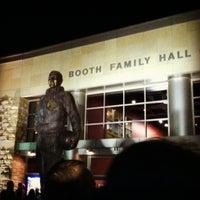 Foto diambil di Allen Fieldhouse oleh Alyissa J. pada 11/27/2012