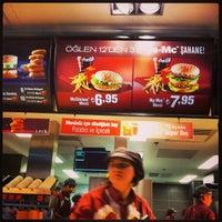 Foto diambil di McDonald's oleh Önder / C. pada 1/6/2013