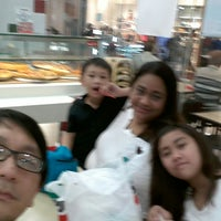 Photo taken at Sbarro by Misael B. on 2/8/2015