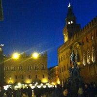 Foto scattata a Piazza Maggiore da Monica M. il 11/3/2012