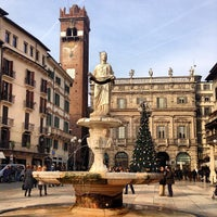 1/6/2013에 Egor P.님이 Piazza delle Erbe에서 찍은 사진