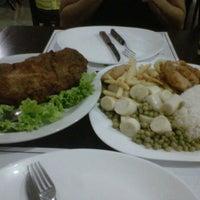 Foto tirada no(a) Restaurante Frangão por Leandro B. em 12/22/2012
