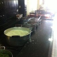 Photo taken at Restaurante Do INSETO by Leandro B. on 12/11/2013