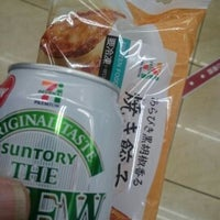 Photo taken at 7-Eleven by hide-m on 3/12/2017
