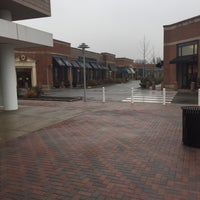 Photo taken at The Village At Bridgewater Commons by Mike 🌎 on 12/2/2015