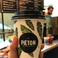5/23/2017 tarihinde Melis S.ziyaretçi tarafından Piéton Coffee'de çekilen fotoğraf