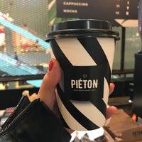 4/18/2018 tarihinde Melis S.ziyaretçi tarafından Piéton Coffee'de çekilen fotoğraf