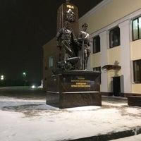 Photo taken at Остановка «Московский вокзал» by Сергей Х. on 12/5/2016
