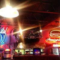 Photo taken at Hudsons Grill by Jarris Macias J. on 11/6/2016
