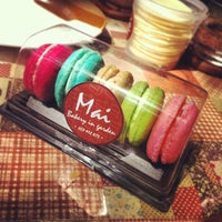 Photo taken at Mai Bakery In The Garden (ไหม เบเกอรี่) by Kritsada S. on 7/14/2013