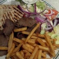 Снимок сделан в Ewing Diner пользователем Katie G. 12/17/2012