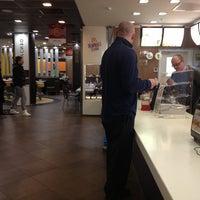 Снимок сделан в McDonald's пользователем Al'vi 2/28/2013