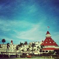 Photo prise au Hotel del Coronado par Suzanne Y. le11/27/2012
