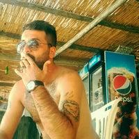 Photo taken at Beyaz Beach Club by Aslan A. on 9/14/2017